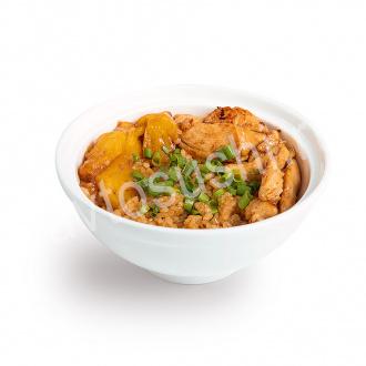 Рис с курицей и ананасом
