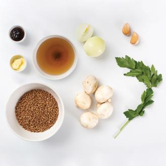 Гречка с грибами и устричным соусом