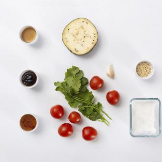 Салат с хрустящим баклажаном