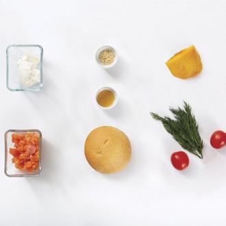 6 брускетт с лососем и крем-сыром
